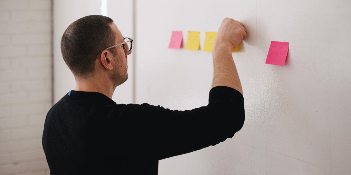 Organizacija i upravljanje poslovnim modelima u IKT industrijama